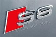 Эмблема Ауди S6 багажник