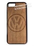 Деревянный чехол Фольксваген на телефон