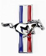 Эмблема Форд Mustang крыло