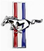 Эмблема Форд Mustang на крыло