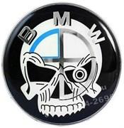 Наклейка БМВ пират (66 мм), на двустороннем скотче