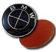 Наклейка БМВ черно-черная (66 мм), на двустороннем скотче